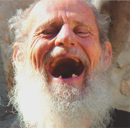 http://michelleeuperio.theworldrace.org/blogphotos/theworldrace/michelleeuperio/israel-125year-old-man-laughing.jpg